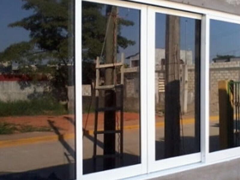 Vidrios templados - CRISTAL SAN PABLO SRL. | CONSTRUEX